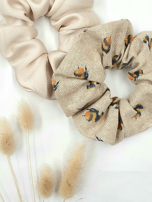Silk and Bee Print Scrunchie Set
