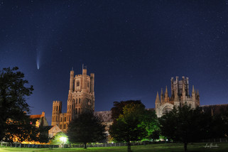 Comet Neowise over Ely Cathedral 21/7/2020