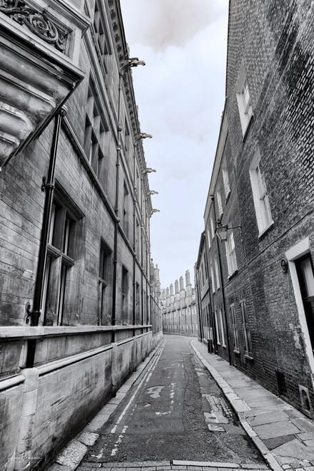 Garret Hostel Lane