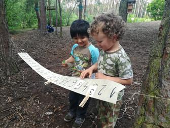 Strombulíni a Ťuíci v lese, 37. týden