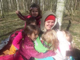 Strombulíni v lese 25. týden