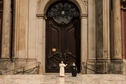Papst in Hamburg-Michel unten quer