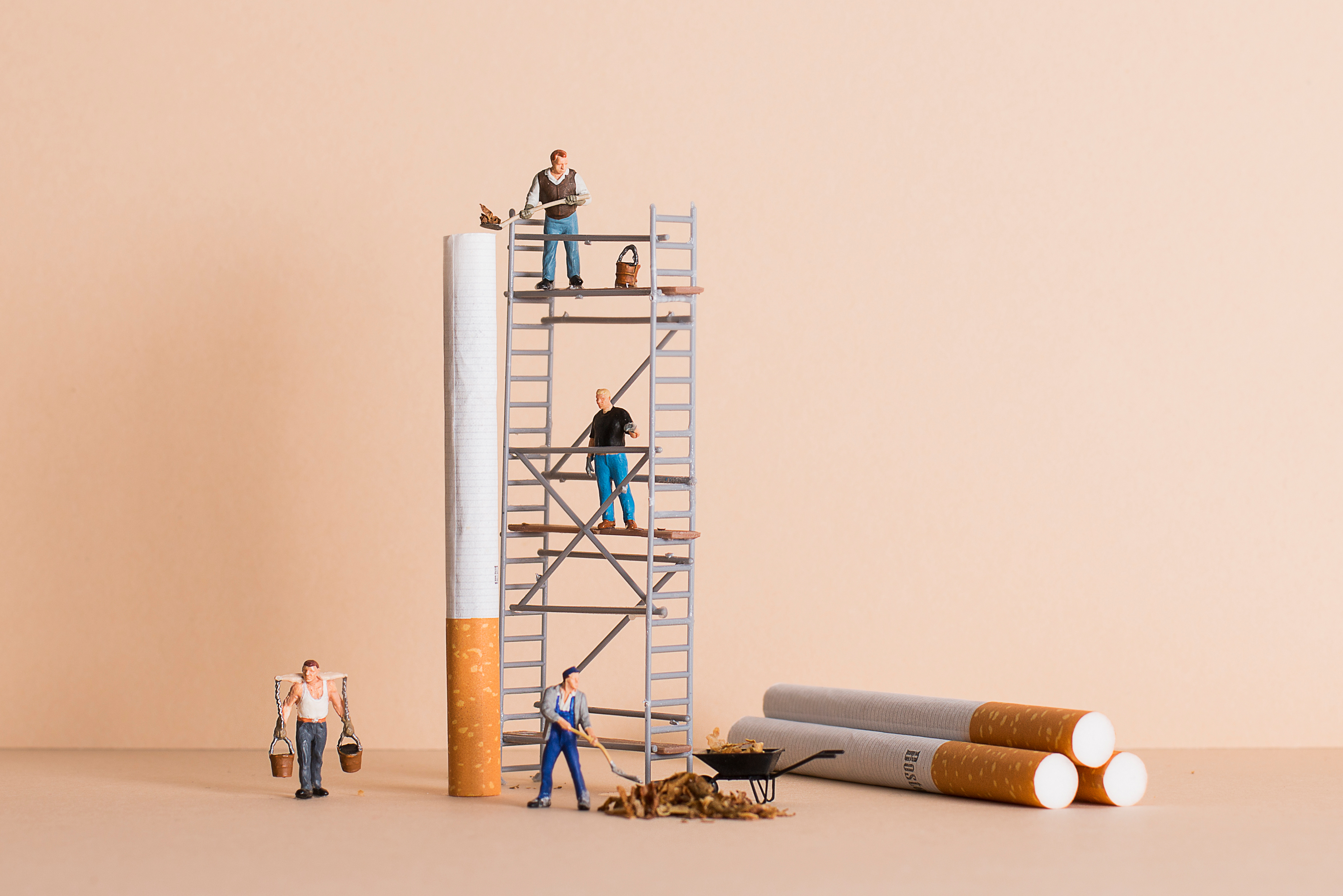 Zigarrettenfabrik scharf