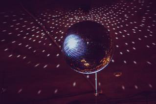 4/3 - Disco Dance Party