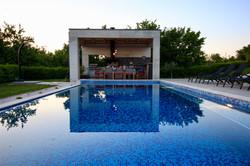 summer kitchen pool at villa2m