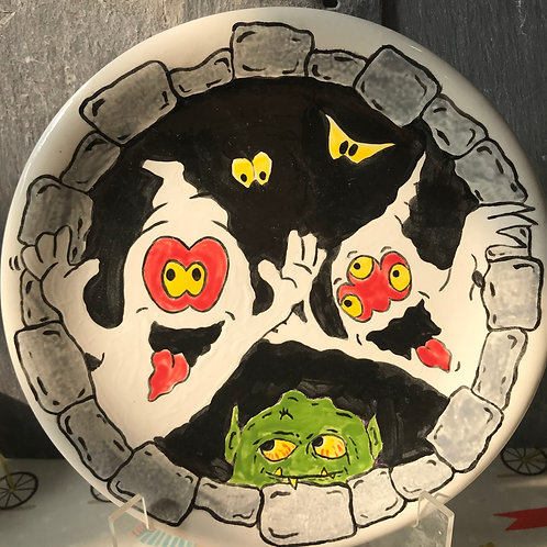 Paint your own spooky plate