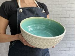 aqua tread bowl