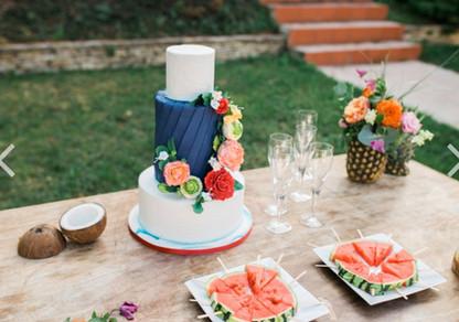 wedding cake blue navy