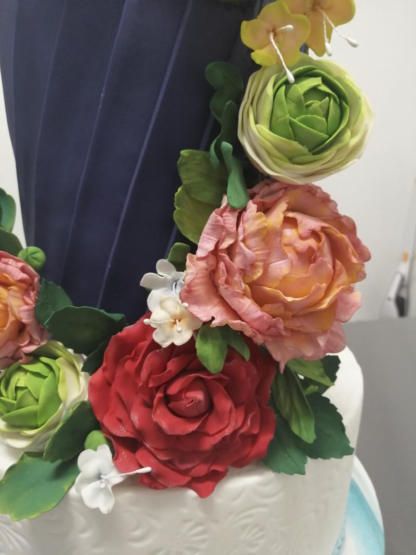 customcakemontaubanflowercake.jpg