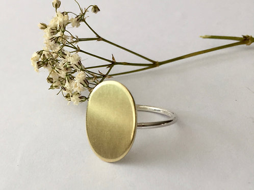 Oval brass ring