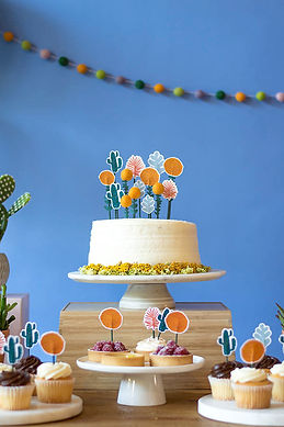 CUPCAKE & CAKE TOPPERS