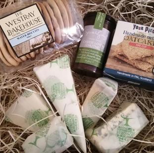 £30 Cheese Gift Box