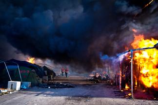 Calais Jungle #24.jpg