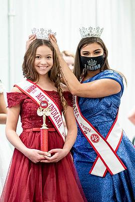 Maria DeLong - Crowning2.jpg