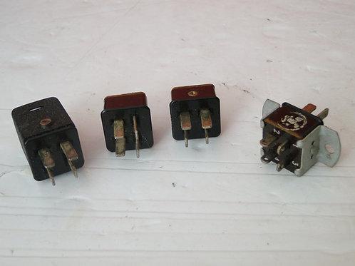 4 PIN CONNECTORS  x 4
