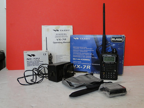 YAESU VX-7R  TRIPKLE BAND HEAVY DUTY SUBMERSIBLE TRANSCEIVER  SN 8L141602