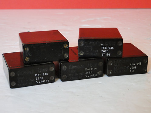 5x crystal units -2 pin am/ref -2688