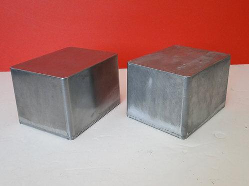 PROJECT BOXES x 2   (12cm x 9cm x 8cm)