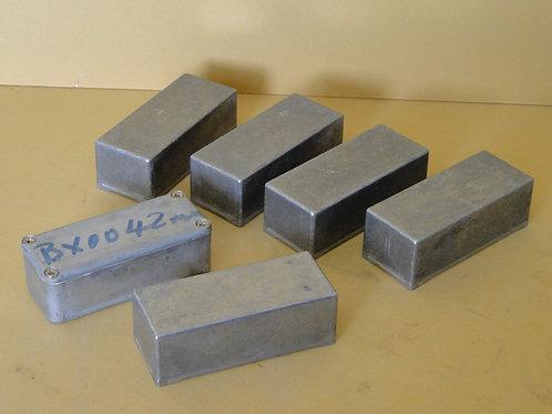 PROJECT BOXES  (9 x 4  x 3cm)