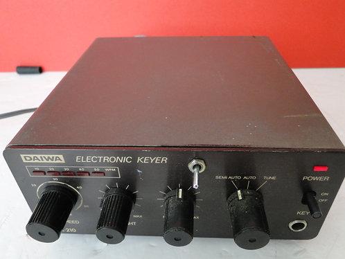 DAIWA ELECTRONIC KEYER DK-210-DC POWERLEAD INCLUDED