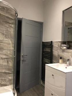 Contempary Bathroom