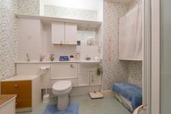 Oxford Bathroom 3