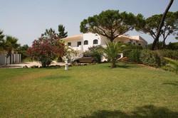 Garden to front of Villa