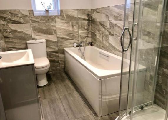 Pickmere Lane Shower
