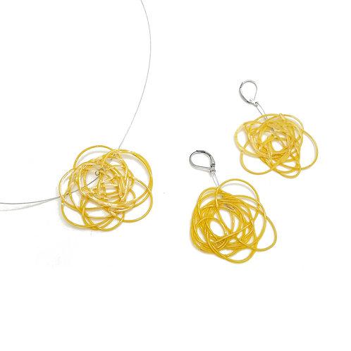 Dije + aros Tejidos amarillo