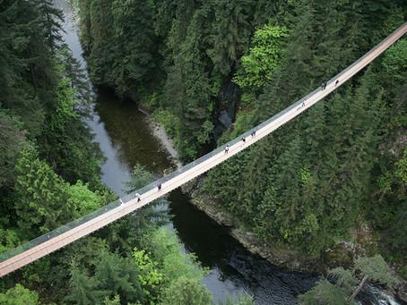 Vancouver Top Attractions: Capilano Suspension Bridge