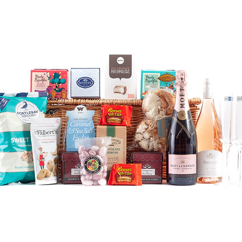 Be My Valentine Deluxe Hamper