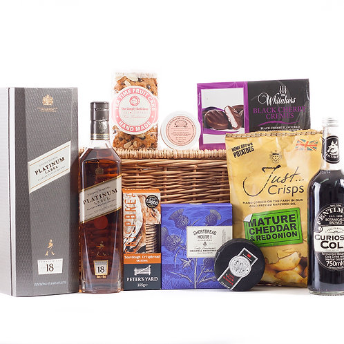 Whisky Hamper Deluxe with Johnnie Walker Whisky