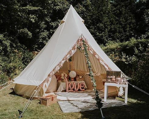 bell tent wed.jpg