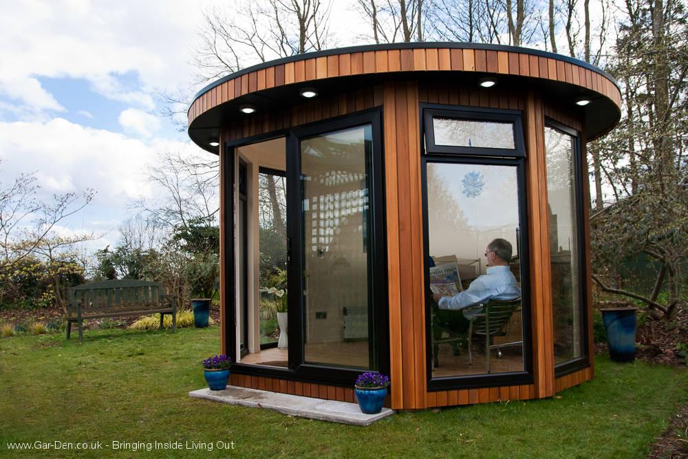 Round-garden-room