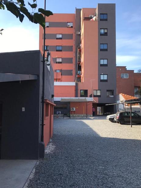 Edificio vista trasera.jpg