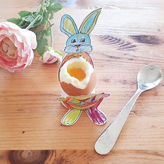 Egg cup © minicreativity