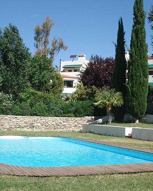Granada-venue-pool-1030x685.jpg