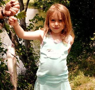 Cute-little-girl-fishing%2520usfws_edite