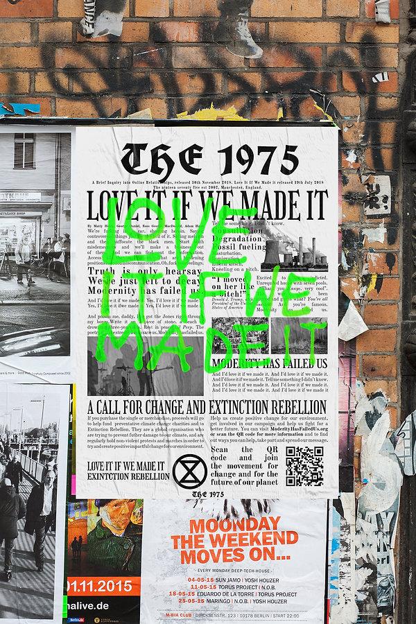 Poster MockUp 1975.jpg