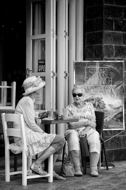 Street photography by Peter Pickering