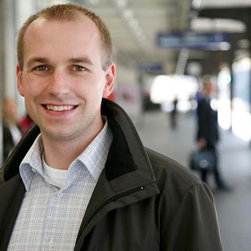 Dr. oec. HSG Lars Stein