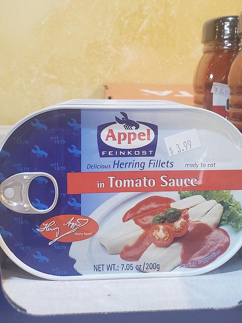 Herring filets in tomato sauce