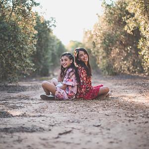 Keren and Lihi Bat Mitzva Bookh