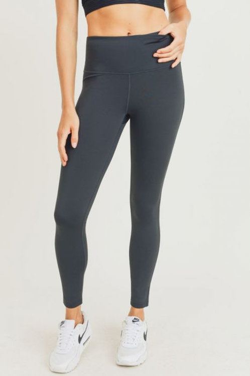 Essential Solid Highwaist Leggings