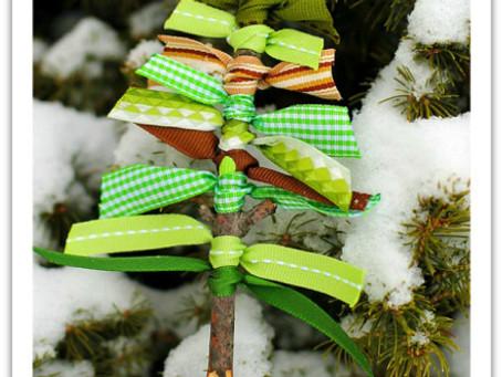 Scrap Ribbon Christmas Ornament