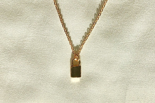 Lock Charm Dainty Necklace