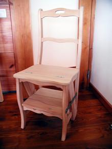 Cadeira/escadote VJ . Cadeira