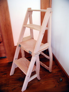 Cadeira/escadote VJ . Escadote