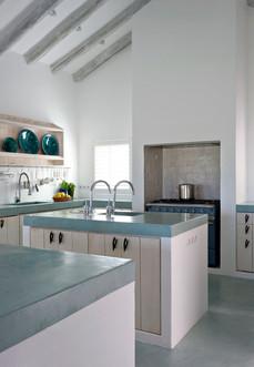 Cozinha pintada . Comporta . 2011