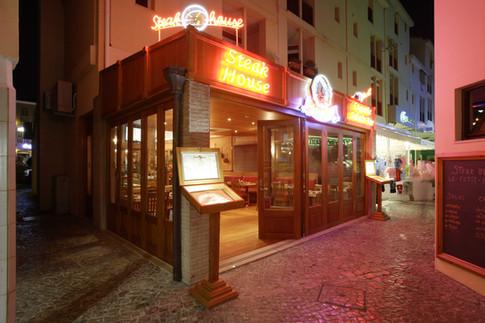"""Steak House """"Le Petit Port"""" . Vilamoura . 2005"""